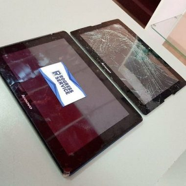 Переклейка тачскрина на планшете Lenovo